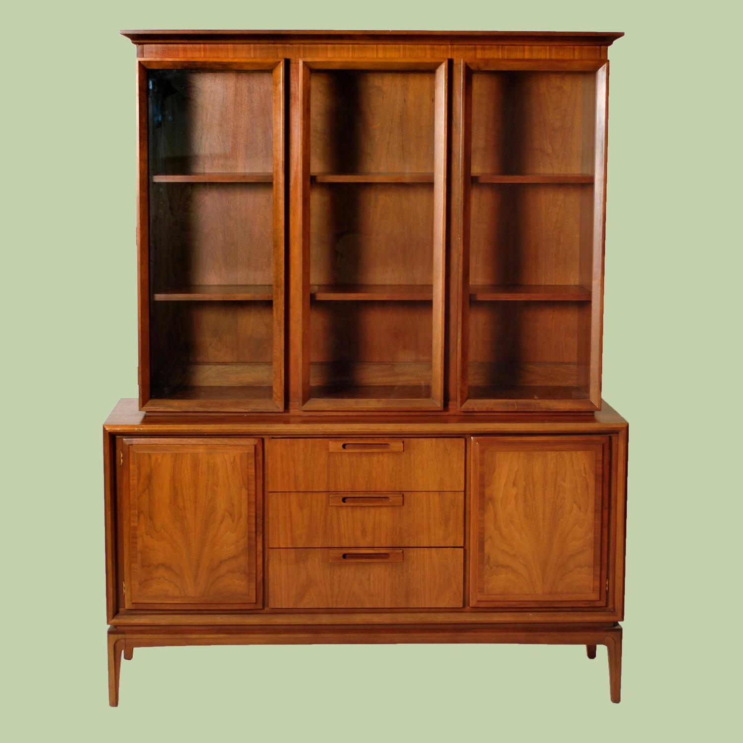 Harrington Galleries - Appraisals - Mid century - China Cabinet